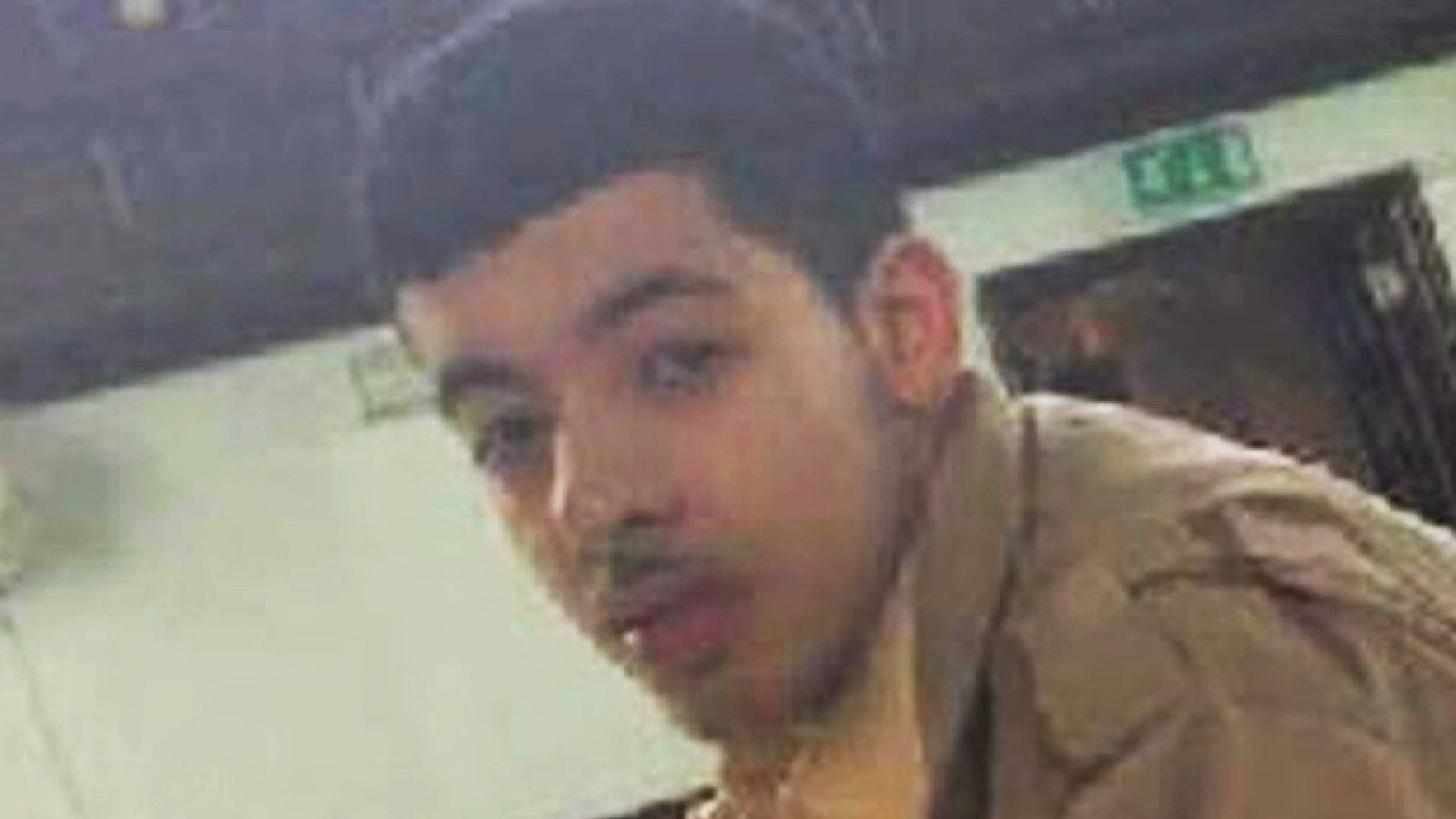 Manchester bombing: Footage shows Salman Abedi checking his explosives
