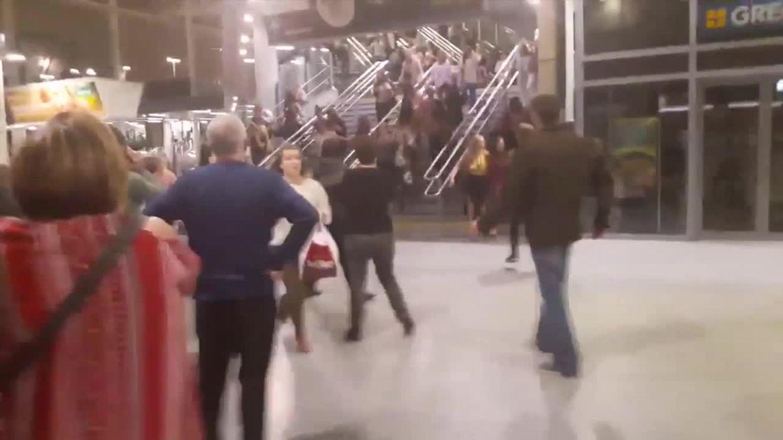 Foyer Area News : Concert goers flee in arena s foyer area