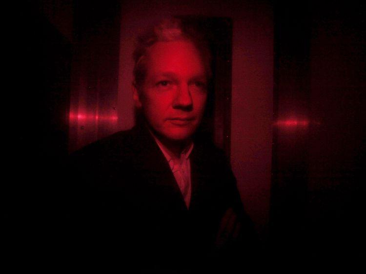 Leak reveals Assange plan to flee to Russia