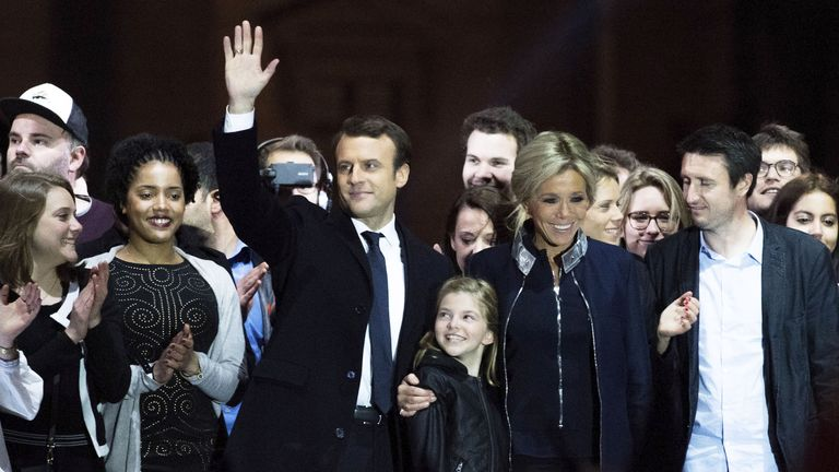 Emmanuel Macron celebrates victory with his wife and family