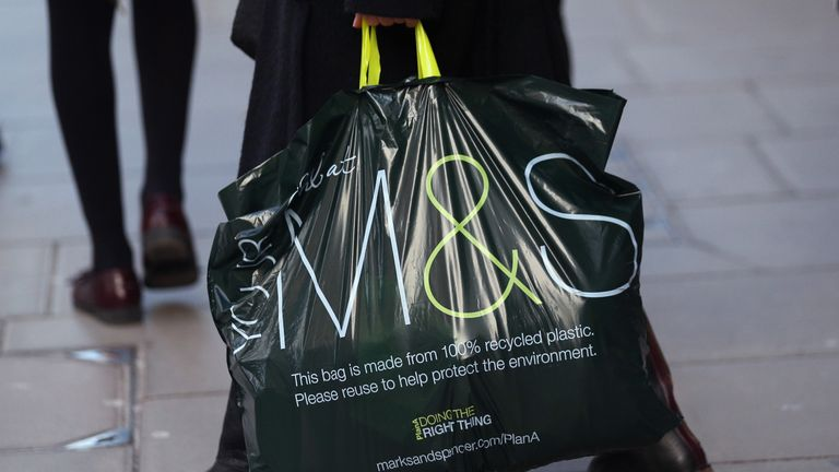 Only 30% of M&S customers buy both clothing and food on a trip to a store, and the company hopes to get more shoppers to look at both categories