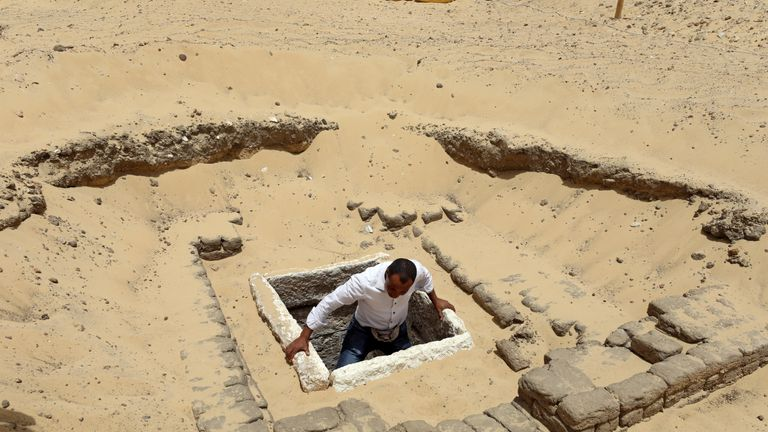 A newly discovered burial site in Minya