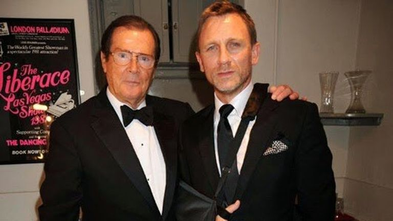 The late Roger Moore with current Bond Daniel Craig Pic: @007