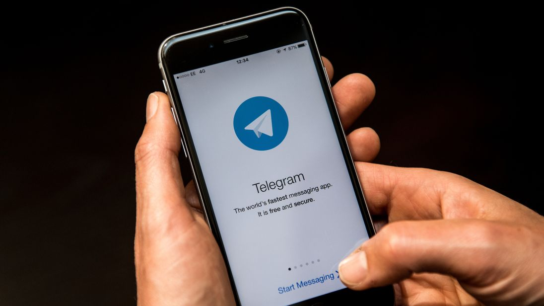 The Russian regulator said time 'is running out' for the messaging app