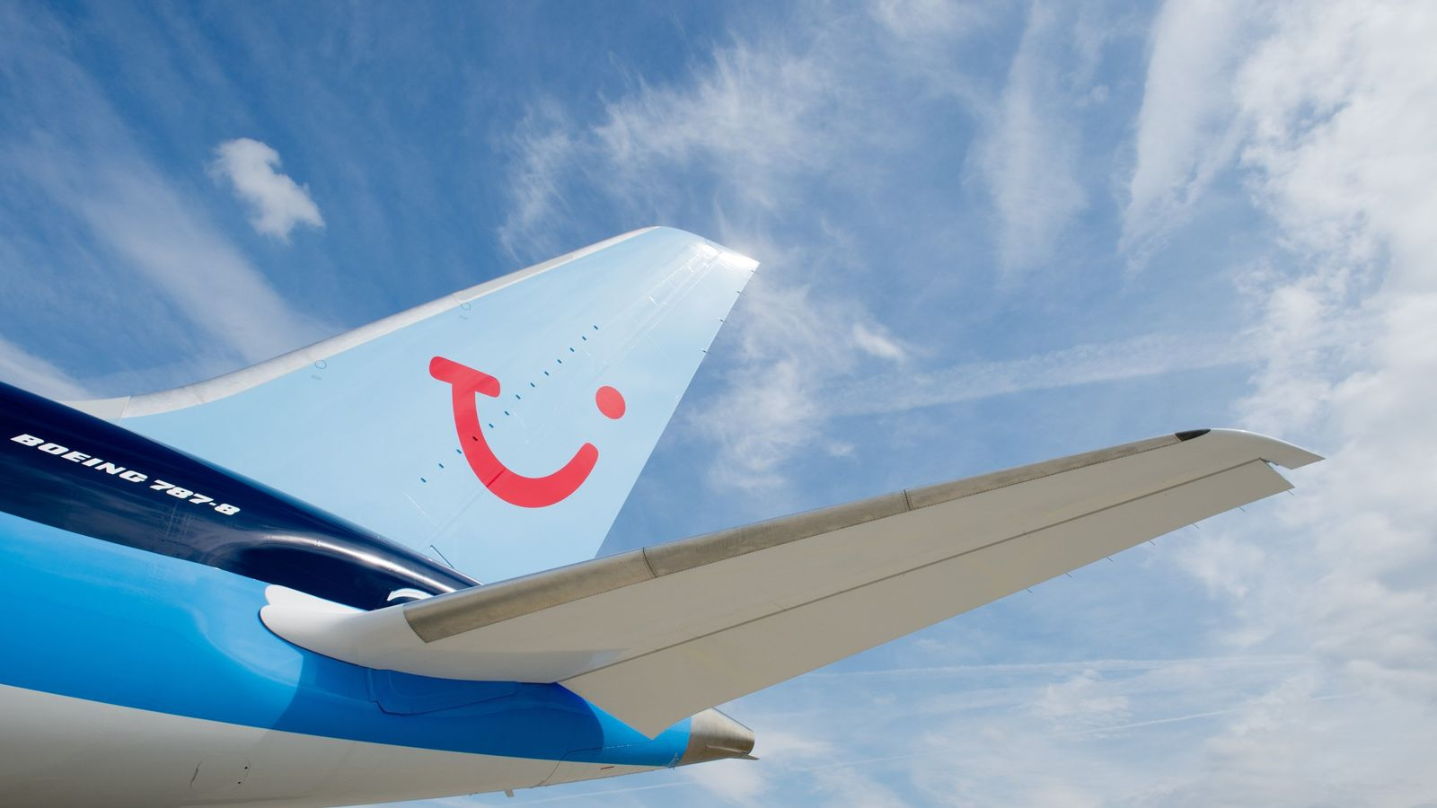 TUI sees stronger holiday demand offsetting Boeing 737 MAX woes