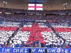 Fans in Paris