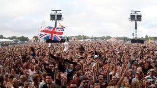 Fans cheer as Bastille perform
