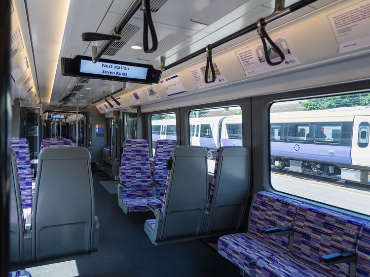 Crossrail: Delayed project receives £350m bailout from the government