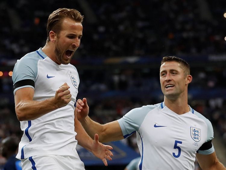 Harry Kane celebrates scoring their second goal