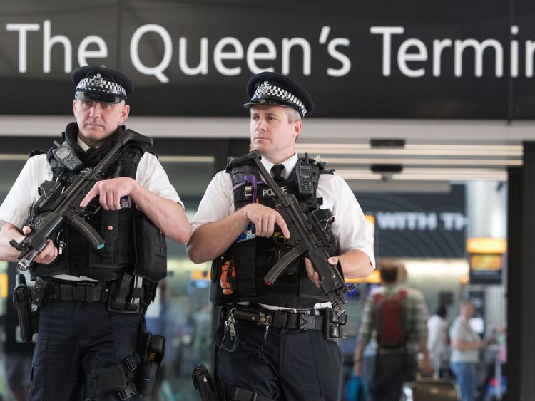 """Heathrow Launches Probe After Queen's Security Details Found"""""""