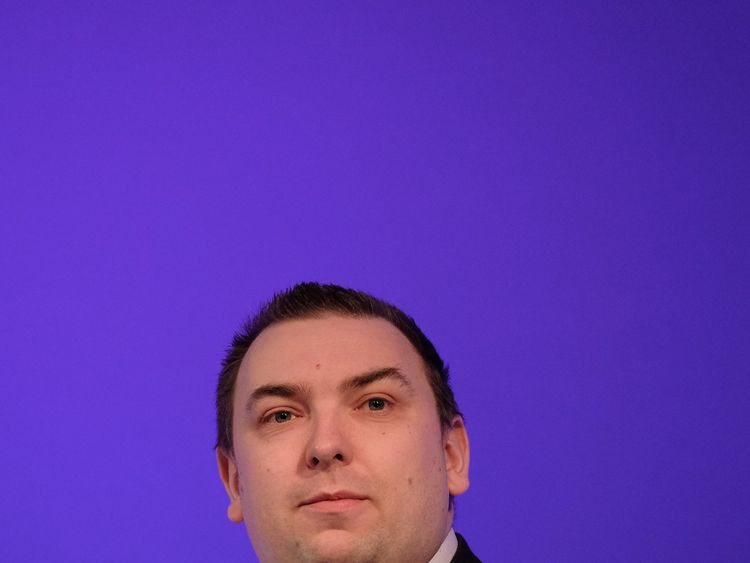 Ukip MEP Jonathan Arnott has quit as the party's general secretary
