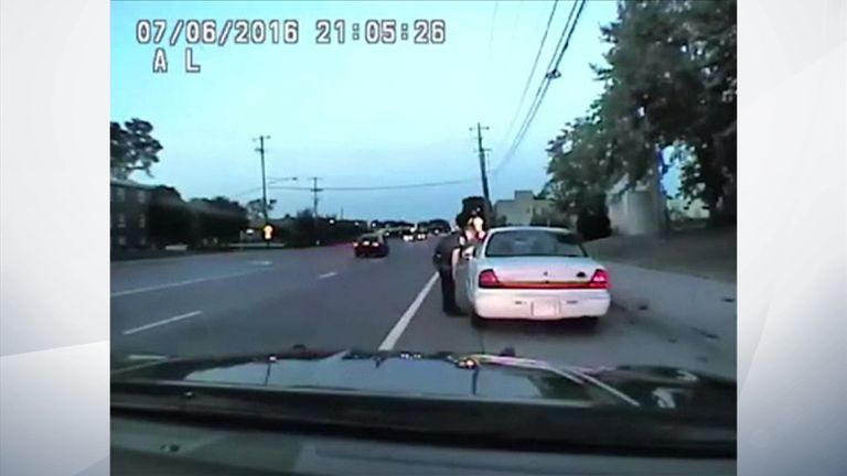 Officer Jeronimo Yanez pulls over Philando Castile before shooting him