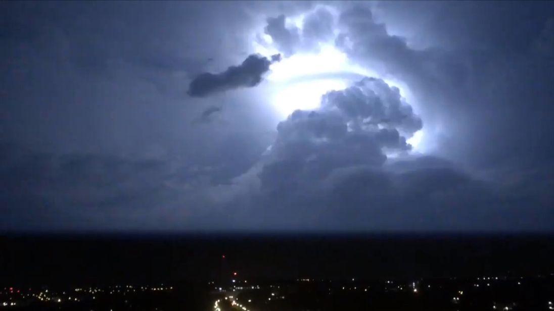 A lightning storm over London. Pic: @JimmyRiceWriter