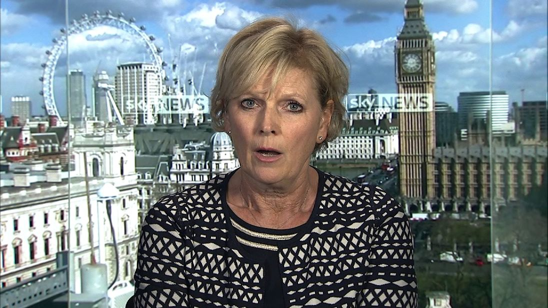 Conservative MP, Anna Soubry has joined a group of cross-party politicians to oppose government plans for a hard Brexit.
