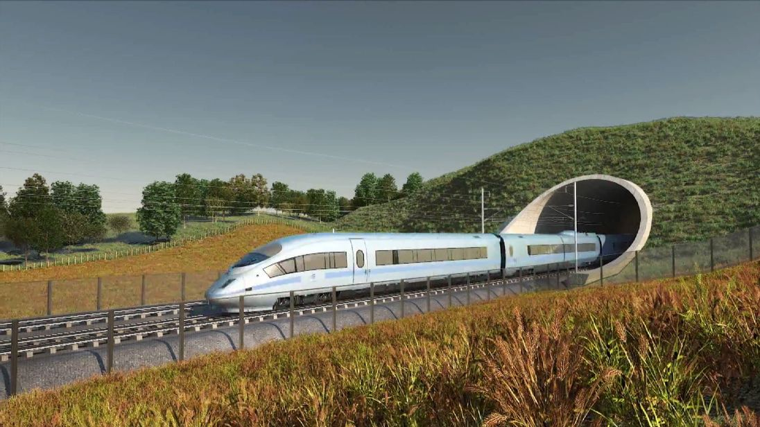 Troubled Carillion wins HS2 building contract