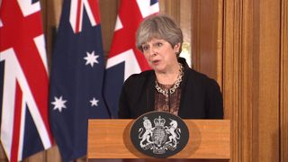 PM wants rivals 'to contribute' to Brexit