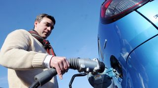 'Flow' battery to charge electric cars in seconds