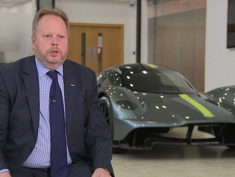 Aston Martin to list on stock exchange