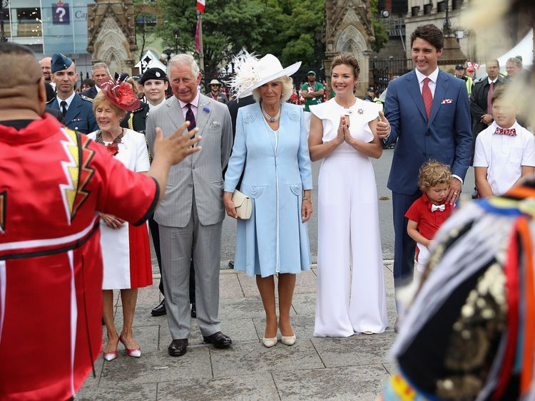 Prince Charles, Prince of Wales, Camilla, Duchess of Cornwall, Sophie Grégoire Trudeau, Justin Trudeau, Hadrien Trudeau and Xavier Trudeau arrive for Canada Day celebrations on Parliament Hill during a 3 day official visit to Canada on July 1, 2017 in Ottawan, Canada. (Photo by Chris Jackson - WPA Pool/Getty Images)