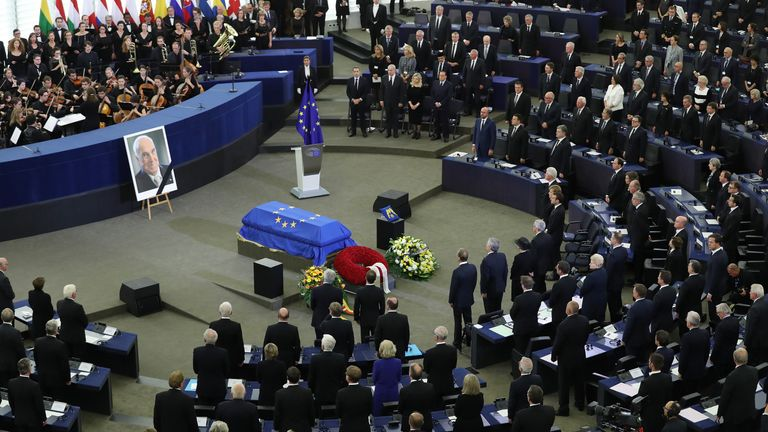 World leaders pay their respects to the former German Chancellor