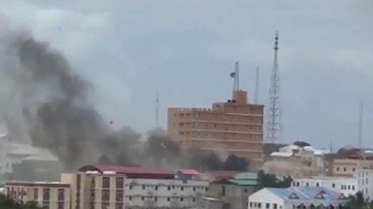 Smoke seen billowing over Mogadishu