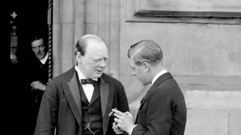 Edward, then Prince of Wales, meets Winston Churchill at the House of Commons in 1919