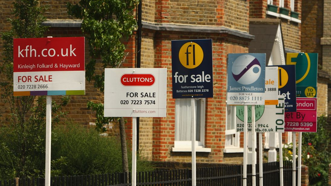Government launches consultation into house buying and selling