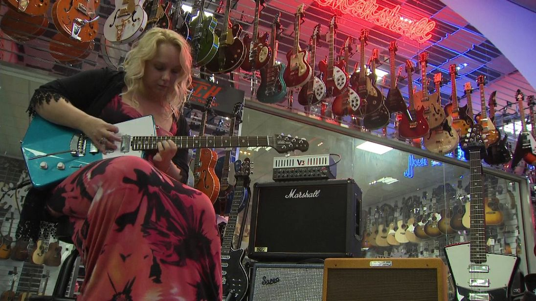 Chantel McGregor has experience mansplaining in guitar shops