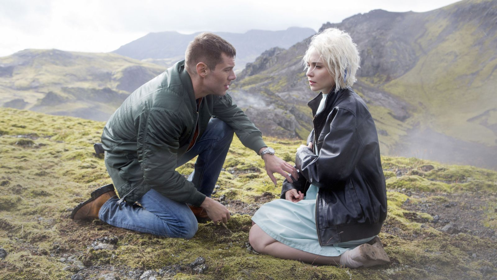 Sense8 Porn Site Offers To Pick Up Netflixs Cancelled Lgbtq Show  Ents  Arts News -2859