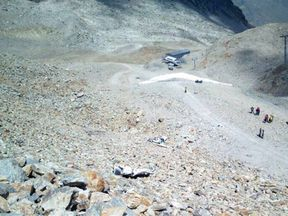 The Piper PA-28 went down at the foot of the Diavolezza mountain station. Pic: Canton police Graubünden