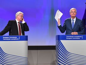 Brexit Secretary David Davis and the EU's chief negotiator Michel Barnier