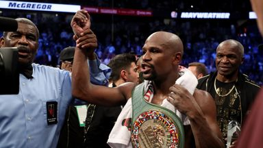 Oliver: Mayweather in comfort zone