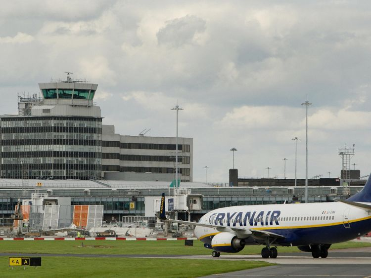 Ryanair pilots win United Kingdom union recognition