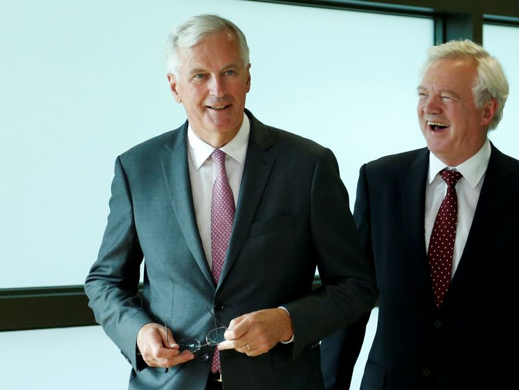 Michel Barnier and David Davis in Brussels