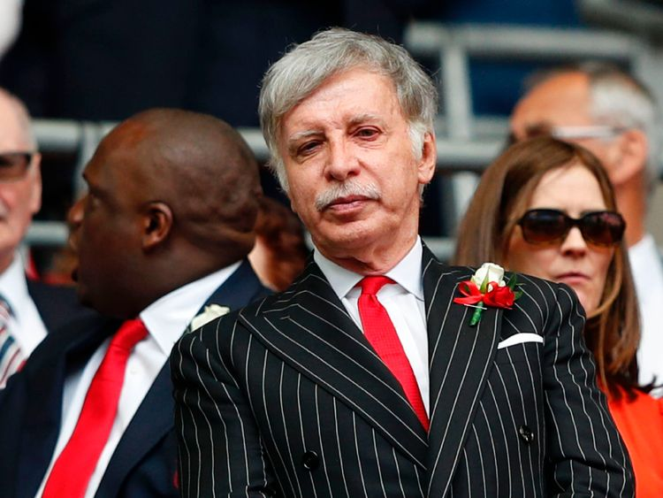 Kroenke makes cash offer to take control of Arsenal