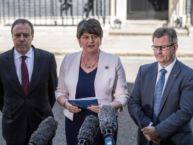 No Brexit deal as Irish border forces PM retreat