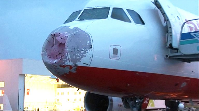 Atlasglobal jet pilot makes blind landing in Istanbul after hailstones shatter windscreen
