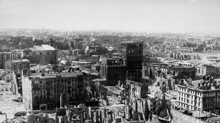 The ruins of Warsaw after a sustained WWII attack