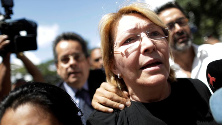 Luisa Ortega declared herself 'under siege' before being sacked from her job