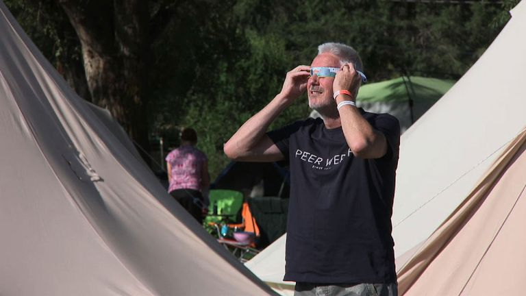 There will be a complete blackout at the eclipse's peak on Monday