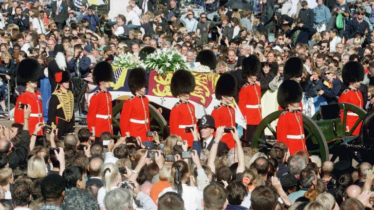 Millions of mourners lined the route from Kensington Palace to the Abbey