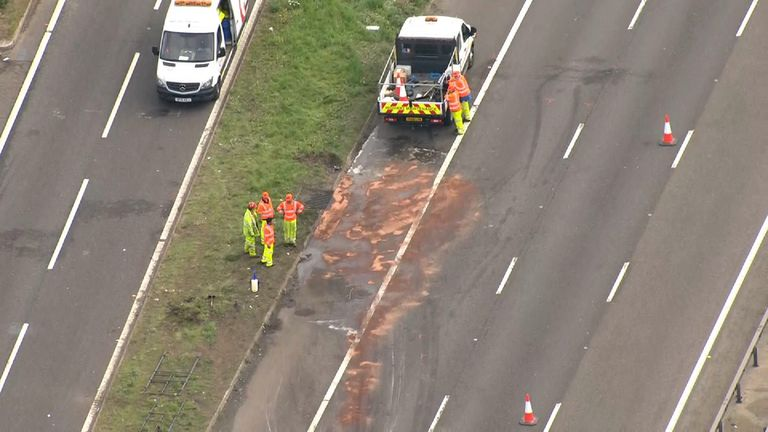 Eight people have died following a crash involving two lorries and a minibus on the M1 at Newport Pagnell, near Milton Keynes