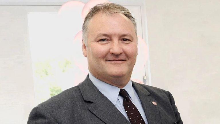 Criminal surgeon Ian Paterson.