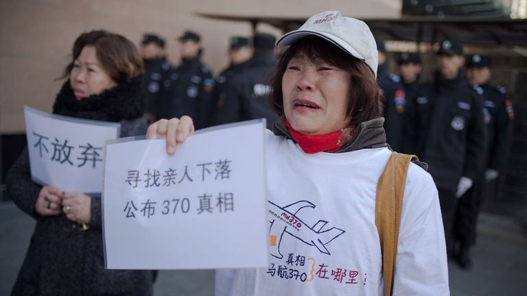 Relatives of missing Chinese passengers at the Foreign Ministry in Beijing on 8 March, 2017