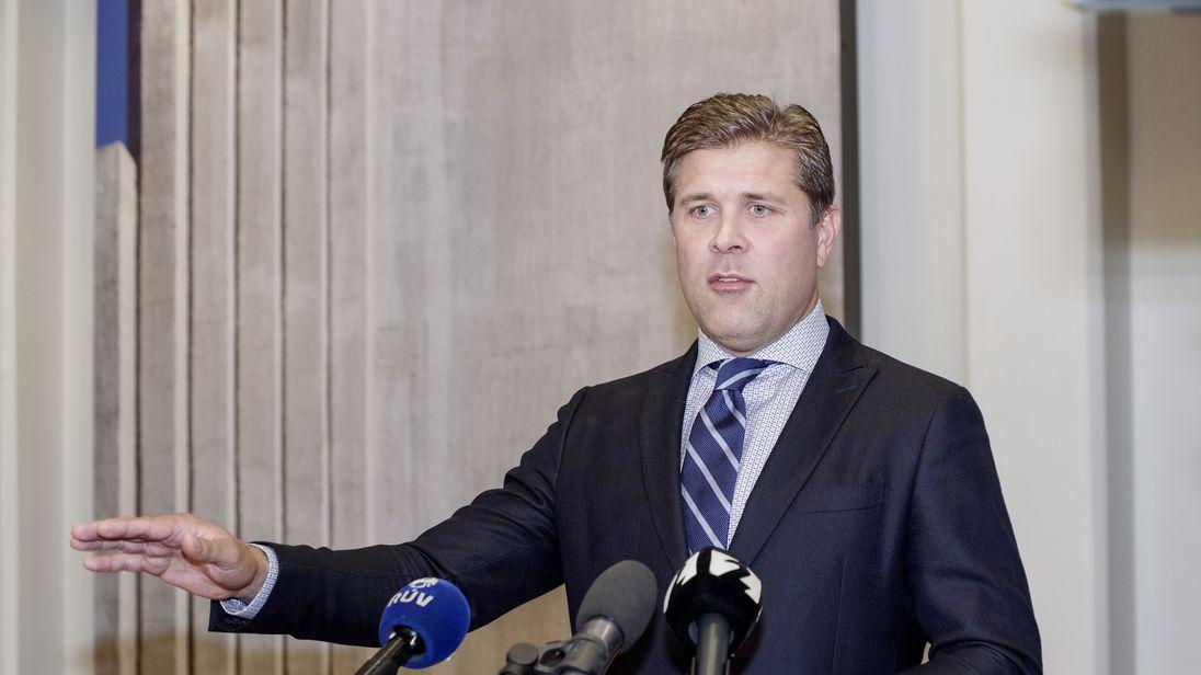 Bjarni Benediktsson announcing the snap election