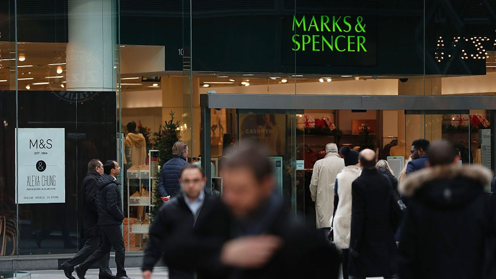 marks and spencers business strategy Business strategies for marks and spencer it is the world of huge competition where business needs to survive and exist actually marks & spencer lies within top 10.