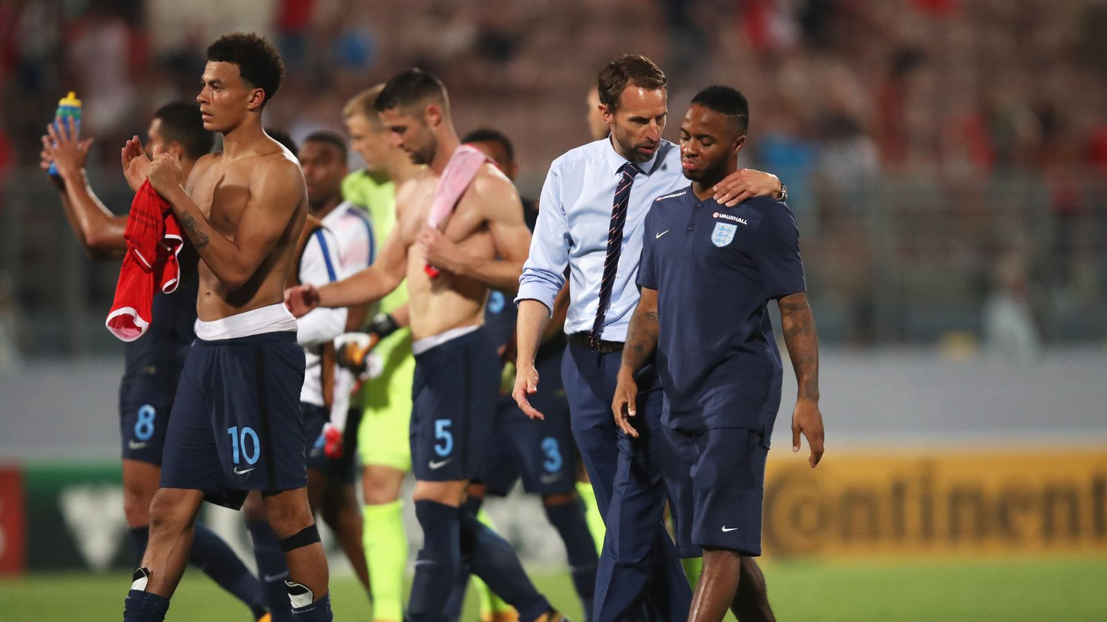 Raheem Sterling backed by Gareth Southgate after England withdrawal