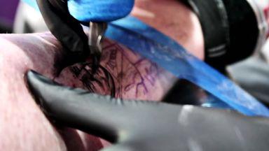 Fan gets Harry Redknapp tattoo!