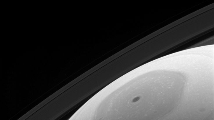 Sunlight falling on the north pole of Saturn. Pic: NASA