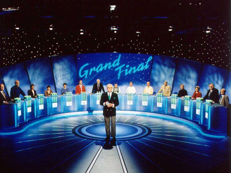 Quiz show Fifteen to One with host William G Stewart in 1990. Pic: FremantleMedia Ltd/REX/Shutterstock